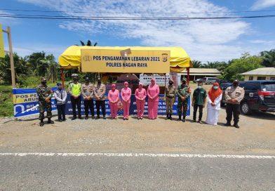 Ketua Bhayangkari Nagan Raya Kunjungi Pos Ketupat Seulawah Tahun 2021