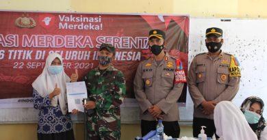 Kapolres Bersama Dandim 0116/Nagan Raya Tinjau Vaksinasi Goes to School di SMP Negeri 2 Kuala